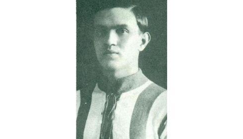 Ezen a napon született Vágó Antal, a kiváló játékos, a fáradhatatlanul védekező fedezet
