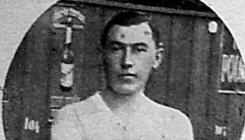 Ezen a napon hunyt el Csüdör Ferenc, aki korának egyik legjobb védőjátékosa volt
